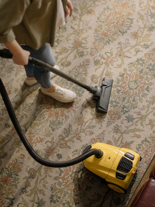 Important things you need to know when hiring a cleaner in Australia